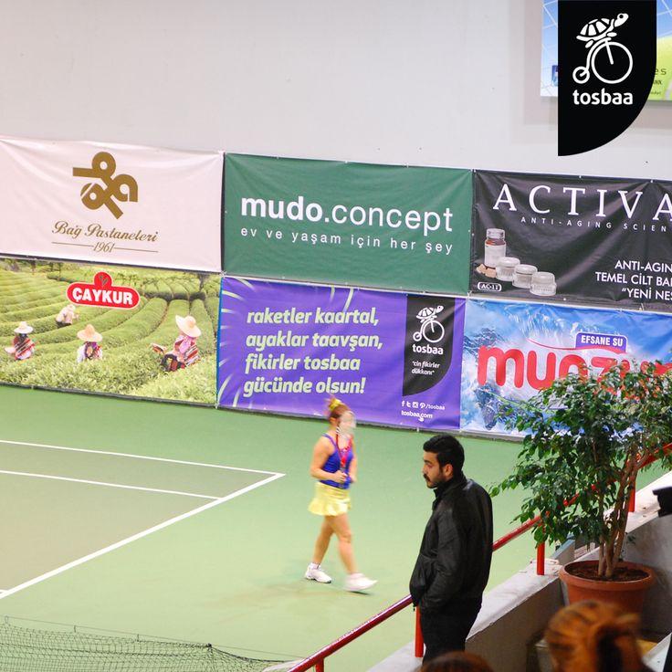raketler hazır, tenisçiler bekliyor... tosbaa çat mis sokak'ta, tık tosbaa.com'da ama her daim sporcunun yanındaa... | www.tosbaa.com
