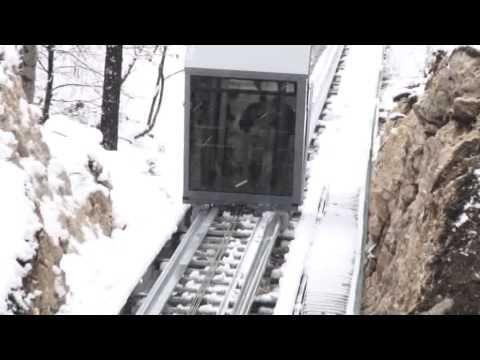 Video Brasov: Liftul cu cremaliera de la Cetatea Rasnov este functional #brasov #cetatearasnov #rasnov #romania