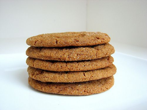 soft n chewy molasses spice cookies. Had the best molasses cookie ever ...