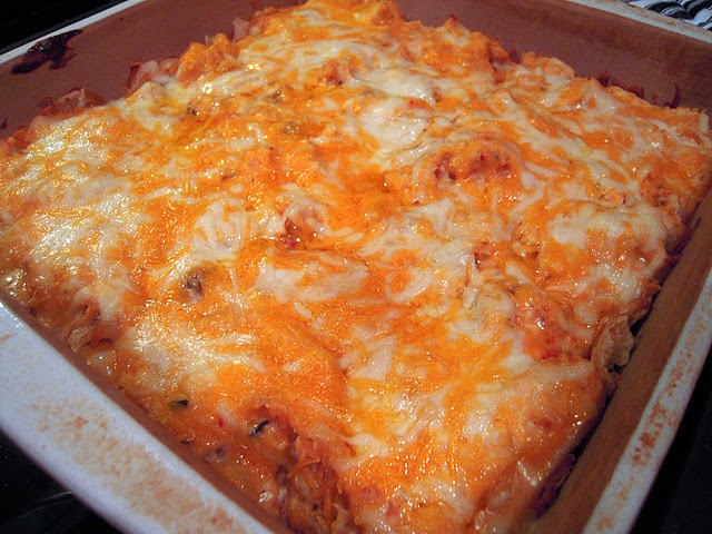 King Ranch Chicken - looks so yummy - could this be the main dish for the Super Bowl??