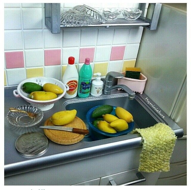 225 Best The Miniature Kitchen Images On Pinterest: 1000+ Images About Dollhouse Kitchen & Pantry Scenes