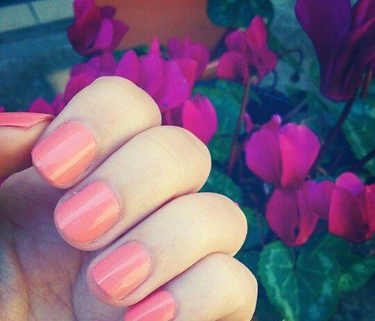 Sally hansen nails