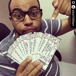 #Repost @elzol1340am with @repostapp. ・・・ Miraaaaaaa todos los boletos que tiene Bombon @elzol1340am para el concierto de Chayanne!!!!!! Prende tu radiooo @elzol1340am #1 #Activate #ElZolPhilly