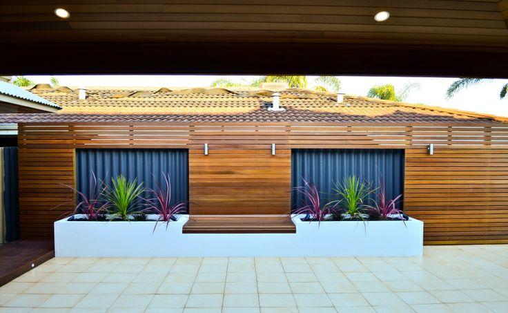 side fence garden