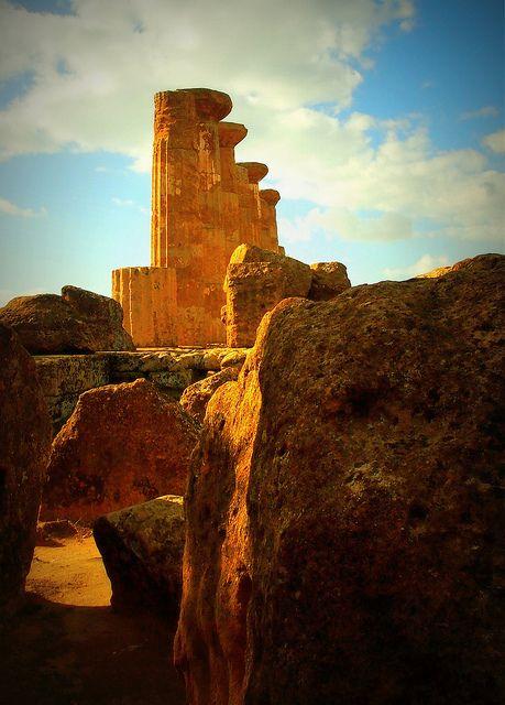 Temple of Hercules, Agrigento, Sicily  #agrigento #sicilia #sicily