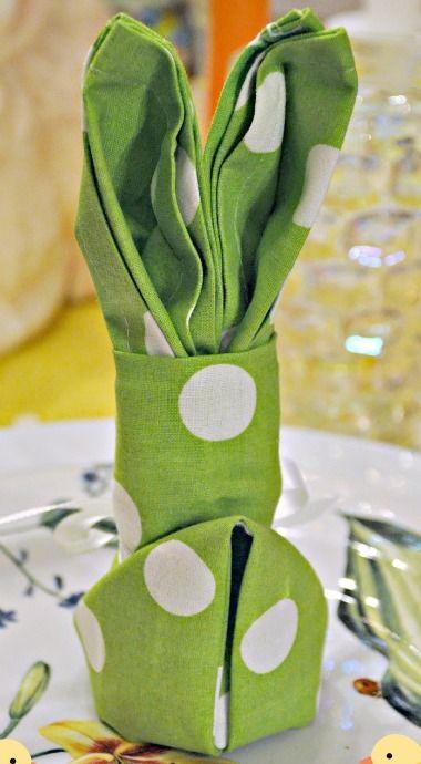Easter Bunny Napkin Fold {Tutorial}