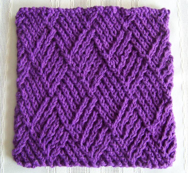 Dishcloth Knitting Patterns Free : FREE Kitchen Dishcloth ~ Twist Stitch Diamonds. http://lawsofknitting.com/awe...