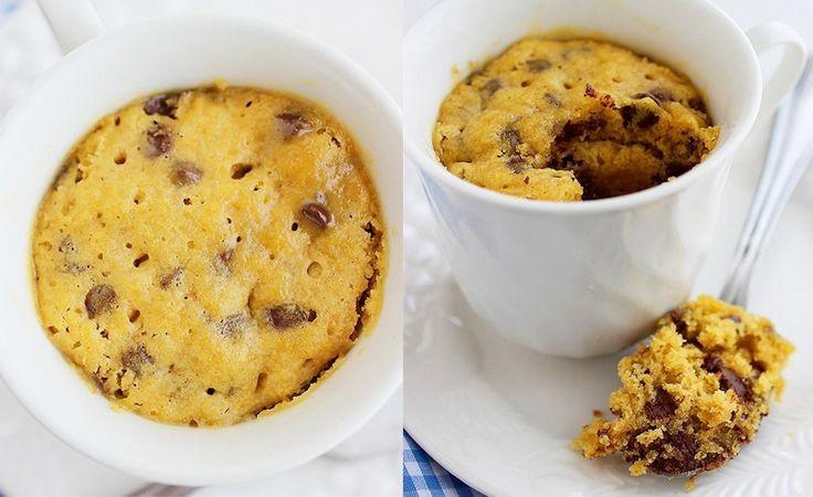 ¿Quieres preparar una galleta fácil, blandita, deliciosa y que además se hace en un minuto en el microondas? Si si, así de fácil
