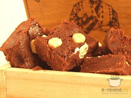 Ciocolata de casa. Imagini pas cu pas pentru ciocolata de casa