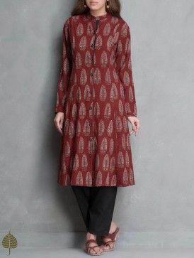 Madder Ajrakh Printed Cotton Kurta with Pockets by Jaypore