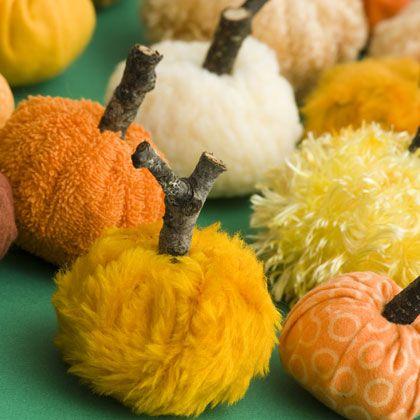 fabric pumpkins: Fabrics Pumpkin, Pumpkin Crafts, Crafts Ideas, Halloween Decor, Halloween Crafts, Pumpkin Decor, Squash Softies, Craftidea, Diy Fall Crafts