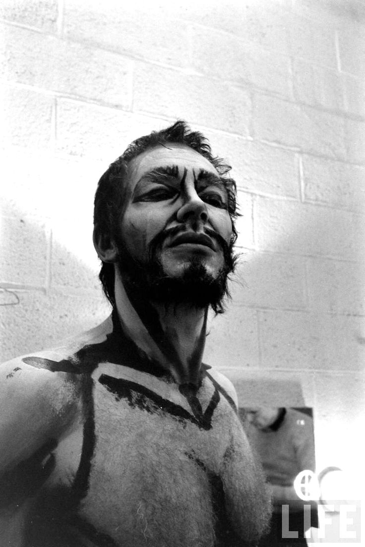 PH - Alfred Eisenstaedt - Baritone William Dooley as John the Baptist for the Metropolitan Opera's production of Richard Strauss's opera Salome. 1965 LIFE Magazine