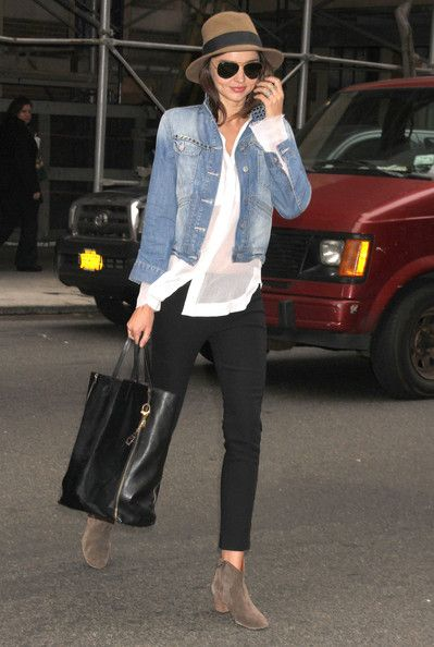 Miranda Kerr Photo - Miranda Kerr Running Errands In New York