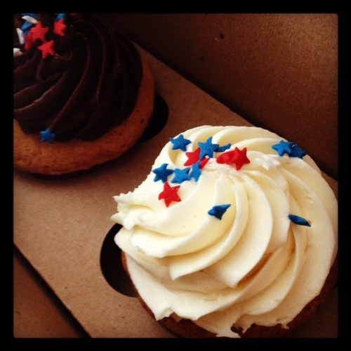 patriotic cupcakes.: Patriotic Cupcakes, Posts, Holiday Foods, Feelings