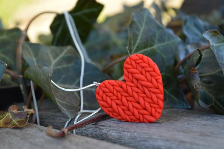 Fimo heart. Fimo knitted heart. Gift for her. Handmade gift for her. Knitted jewellery - now available at MichaelaCraft - visit my online store :   https://www.etsy.com/ca/listing/499872000/original-handmade-red-heart-pendant
