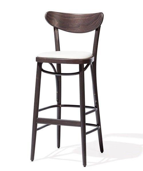 Cu o prezenta exotica, scaunul de bar Banana Brown este realizat integral din lemn de fag. Descopera mai mult pe #SomProduct #chair #wood #furniture #design #style