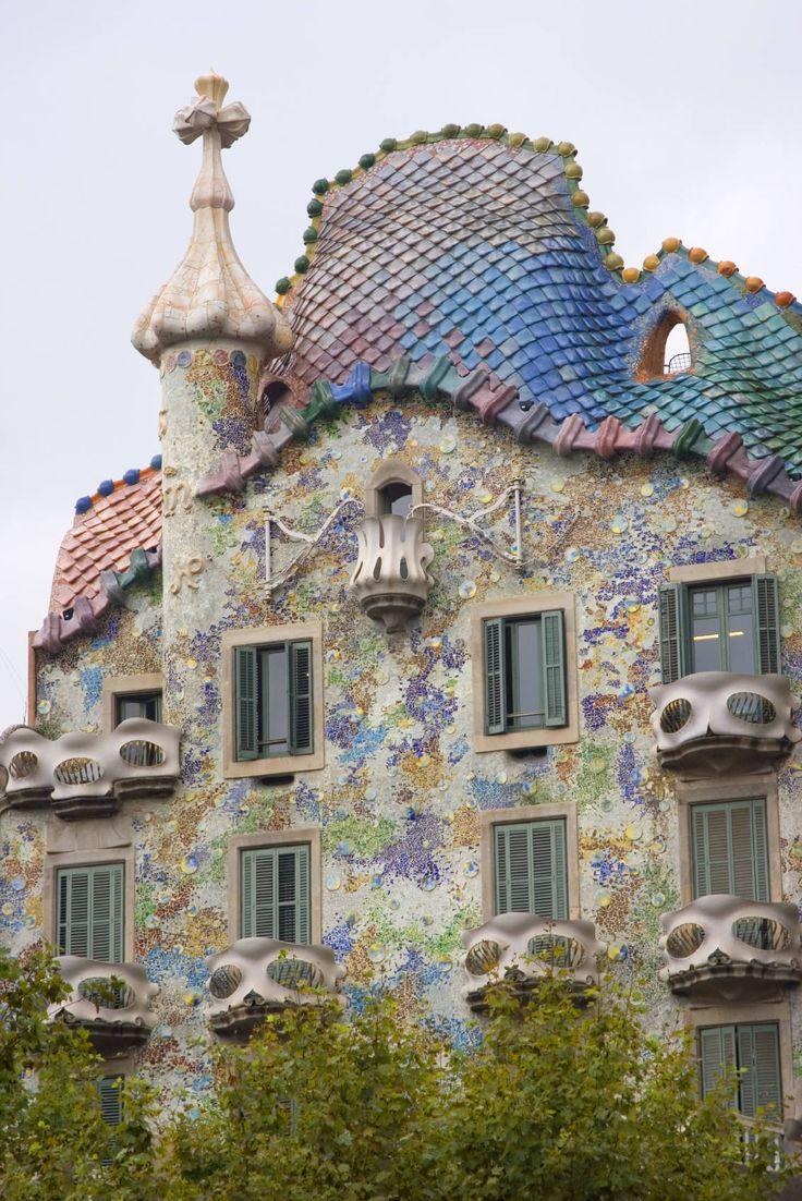 Antoni Gaudi - Casa calvet - Barcelona