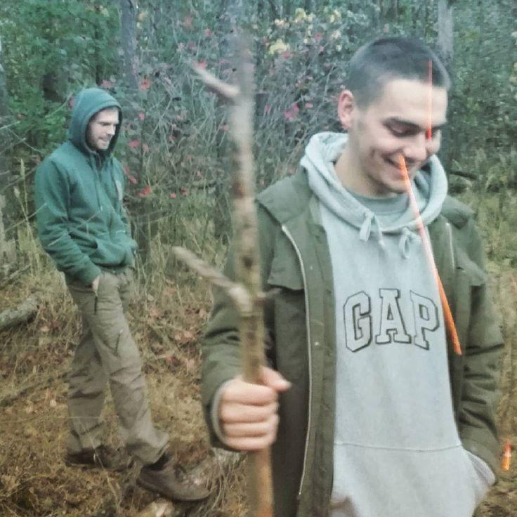 #friends #forest #men #autumn #walk #gap #друзья #лес #прогулка #осень #мальчики #ребятки #green #vegan #guys