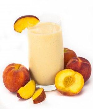 Smoothie de Durazno  Este delicioso Smoothie sólo contiene 138 calorías, por lo que podrás consumir más de dos vasos sin afectar tu organismo. – 1 durazno grande y maduro – Jugo de un limón – 1 rebanada de melón – 1 taza de agua helada – 2 sobres de endulzante sin calorías Licúa las frutas con el jugo de limón, el endulzante y el agua bien fría y ya está listo para servir.