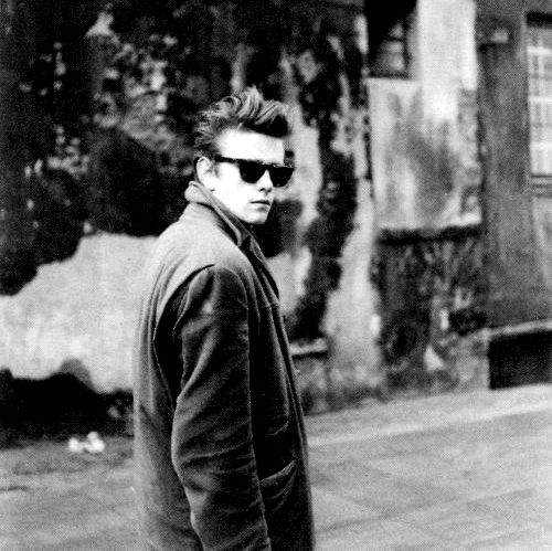 Stuart Sutcliffe collapsed in the middle of an art class in Hamburg. Nielsa Kirchherr had German doctors perform various tests, but they were unable to determine exactly what was causing the intense headaches from which he had been suffering. While living at the Kirchherrs' house in Hamburg, his condition grew steadily worse. After collapsing again, Sutcliffe was taken to a hospital by Kirchherr (who rode with him in the ambulance), but he died before reaching the hospital.