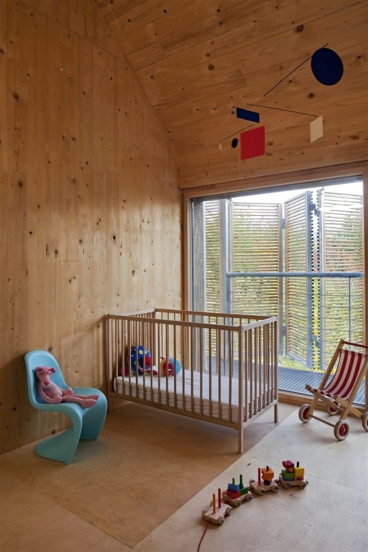 Children's room - Maison Bessancourt - Passive and plus energy house by Karawitz Architecture | less is more.: Interior, Ideas, Passive House, Nurseries, Wood, Babies Nursery, Baby Room, Baby Nursery, Kids Rooms