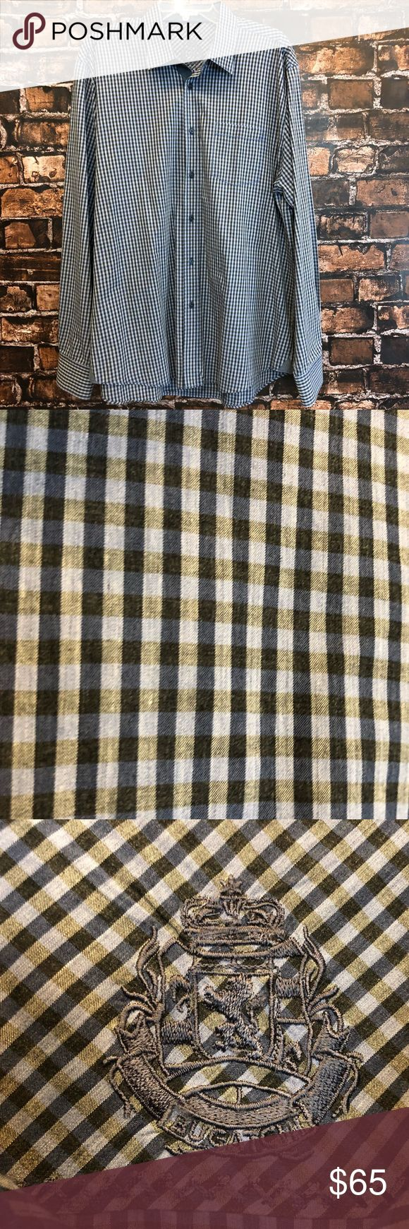 Men's L Bugatchi blue plaid button down Very nice blue plaid button down! Shaped fit. Bugatchi size Large!! In good condition!! (MT384) Bugatchi Shirts