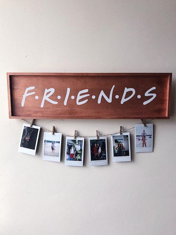 FRIENDS TV Show Wood Polaroid Sign / Polaroid Wall Decor Display – Rose Gold / FRIENDS Gift / Instax Mini Polaroids / Clothespins