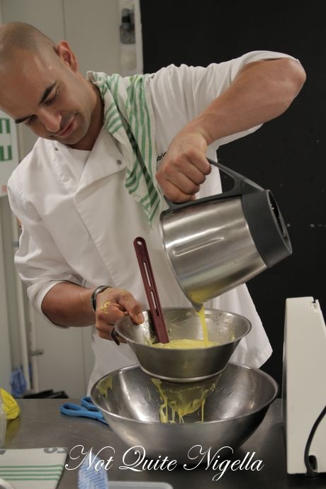 zumbo macaron masterclass - he uses the thermomix machine