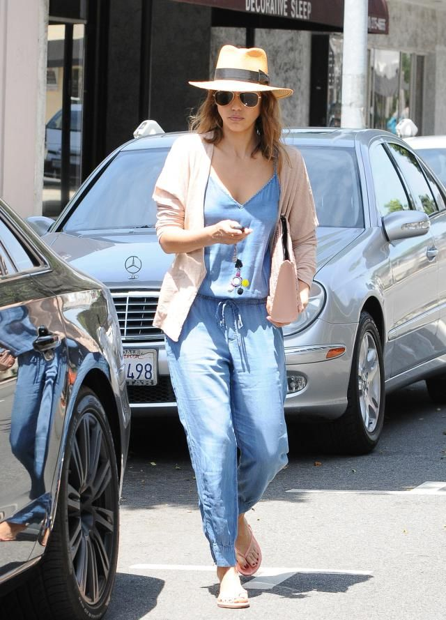 Celebrity Fashion and Style - Jessica Alba - Denim Jumpsuit and Boyfriend Cardigan Sweater