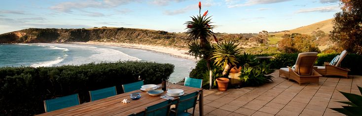 The Cliff House Kangaroo Island: Cliff House is perched on the cliff overlooking beautiful Snelling's Beach,the perfect romantic get away. The circular tower bedroom has a panoramic window looking out to southern sea, and the cushioned sunken pit with open fire is the ultimate in repose. Luxuriate yourself in your outdoor cliff-edge Jacuzzi, drinking in breathtaking views of Snelling's Beach. a private helicopter landing area nearby where Helivista  Helicopters can land.