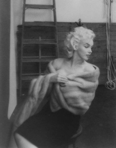 Timeless Sensuality: Marilyn Monroe, Inspiration, Milton Green, Norma Jeans, Fur, Icons, Beautiful People, American Beautiful, Monroe Photographers