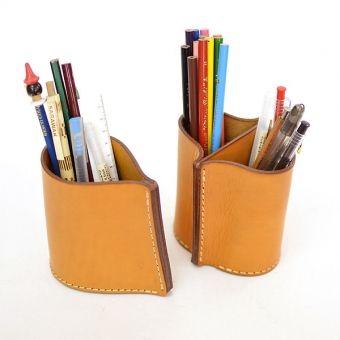 HERZのハードレザーで武骨に作ったペン立て「革鞄のHERZ公式通販」