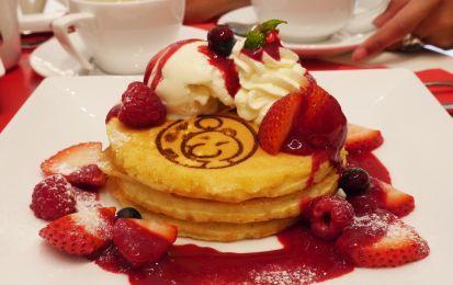 Le migliori ricette dei pancakes per la colazione - Una delle migliori ricette americane è sicuramente il pancake, un dolce tradizionale per la prima colazione che fa impazzire tutti.
