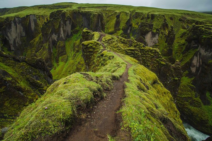 A native of Australia, photographer Benjamin Hardman made several trips to Icelandbefore deciding to make our volcanic islandhis new home. Already getting a lot of attention locally due to his ta…