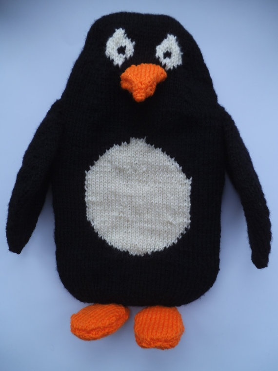 Penguin Hot Water Bottle Cover Pattern by TheZanyKnits on Etsy, £2.50 Love it! Buy online PDF