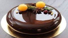 Astăzi glazura-oglindă a devenit în vogă și ne încântă privirile prin aspectul său fenomenal în care ne putem vedea propria reflexie. Echipa Bucătarul.eu vă propune să preparați acasă aceste deliciu încântător și să vă surprindeți familia și oaspeții. Urmând câțiva pași simpli veți obține o glazură de ciocolată lucioasă și uniformă, care își menține aspectul de oglindă chiar și după răcire. Decorați tortul cu această glazură extraordinară pentru un efect spectaculos și atrăgător! Priviți…