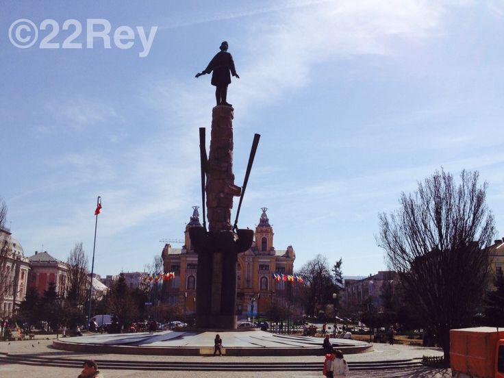 Piata Avram Iancu - Sunny afternoon in #Cluj - 22Rey