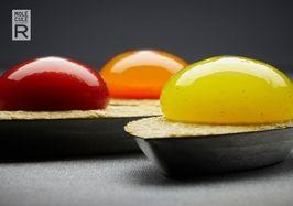 Bulles de poivron sur olives - Recette cuisine moleculaire | Gastronomie molléculaire