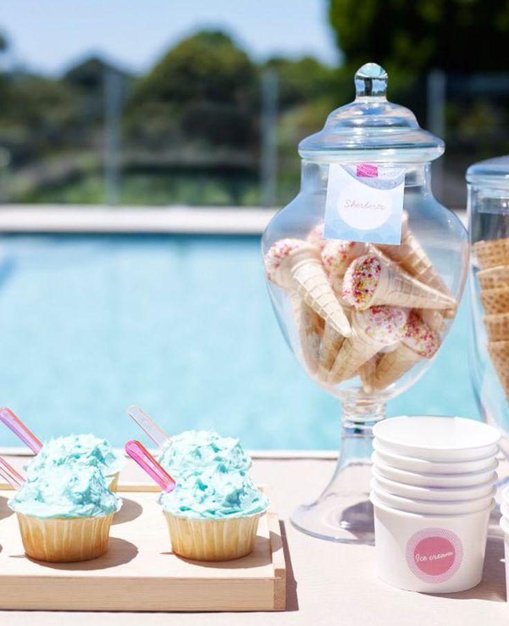 decorazioni per una festa in piscina   come organizzare una festa in piscina