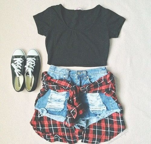 So simple!All you need is a plain short/blue jeans/plaid shirt(for the waist)and boots