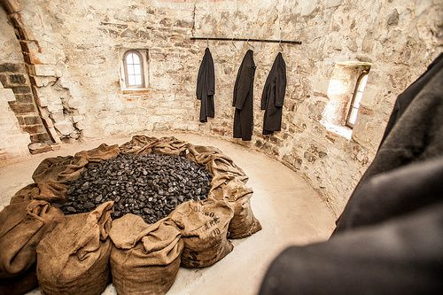 Jannis Kounellis : I saw the sanctity of everyday objects | A place for the Arts