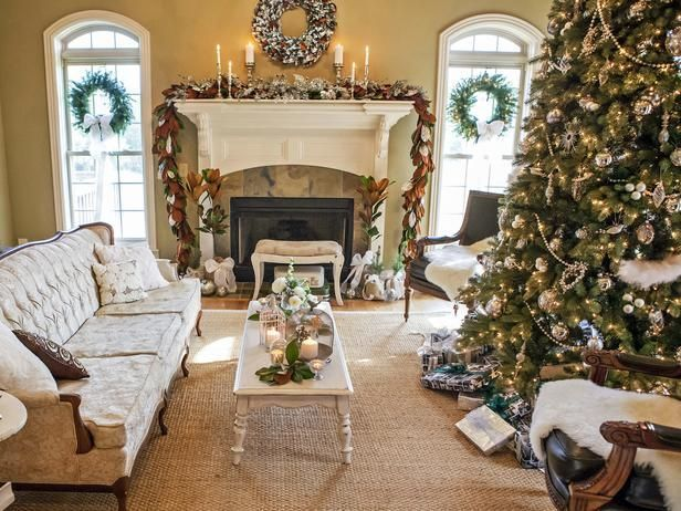 Celebs' best Christmas decorations
