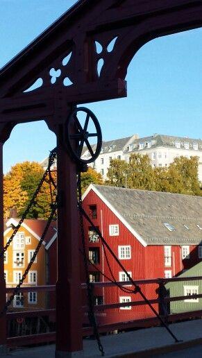 Gamle Bybro og Bakklandet. Trondheim,  Norway