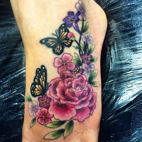 One floral foot for life today ✌️ thanks Isla for a first tattoo you certainly…