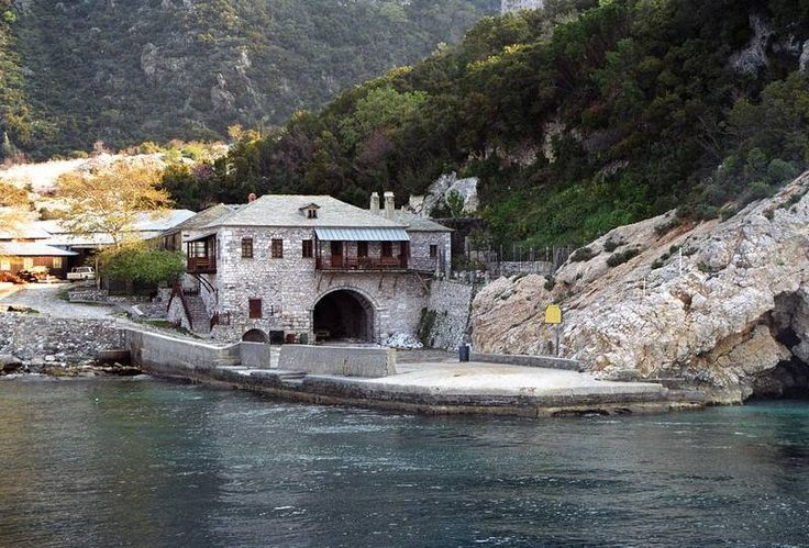 Ο αρσανάς της Μονής Αγίου Παύλου του Αγίου Όρους - The arsenal of the Holy Monastery of Saint Paul, Mount Athos