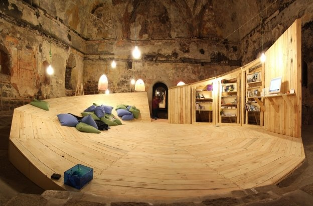 |CON|Temporary Library  studio 8 1/2  Plovdiv, Bulgaria