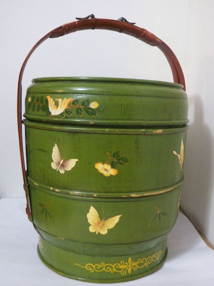 GORGEOUS UNIQUE GREEN BUTTERFLY VINTAGE ASIAN 3 TIER PINE PICNIC BASKET EXC COND