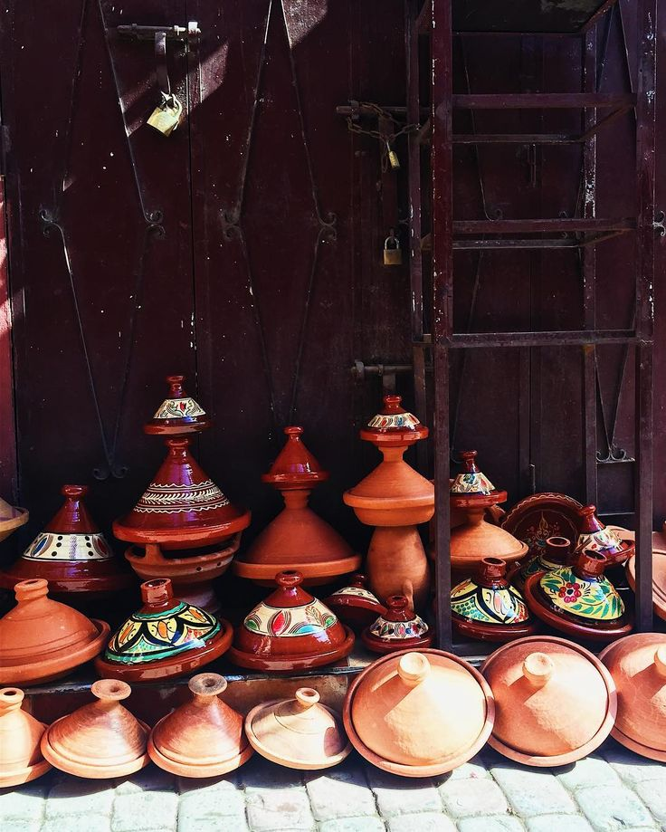 Did you know that the earliest writings about the concept of cooking in a tajine dates back to the 9th century. #didyouknow #cooking