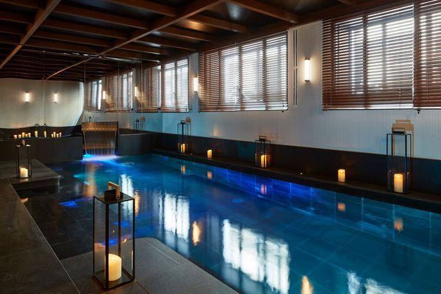La piscine du Roch Hôtel & Spa Paris http://www.s2hcommunication.com/en/node/1003