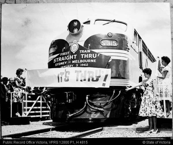 FIRST STANDARD GAUGE PASSENGER TRAIN SYDNEY TO MELBOURNE JAN 3 1962
